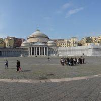Napoli, Basilica di San Francesco Piazza Plebiscito, Неаполь