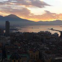 Alba sul golfo di Napoli, Неаполь