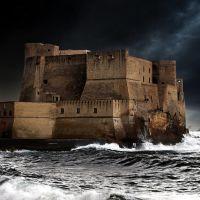 Castelo do Ovo, Неаполь