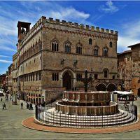 Palazzo dei Priori und Fontana Maggiore in Perugia, Перуджа
