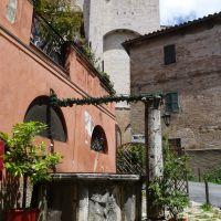 Via del Castello - Corso Cavour, Perugia, Перуджа