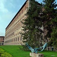 Palazzo Farnese..........e cavallo di Giorgio Groppi, Пьяченца