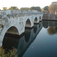 Rimini: ponte di Tiberio, Римини