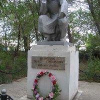 Памятник украинскому поэту Шевченко Т.Г. в селе Карабутак, Карабутак
