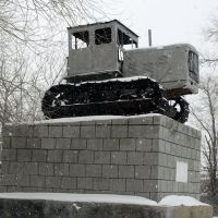 Памятник первоцелинникам, Карабутак