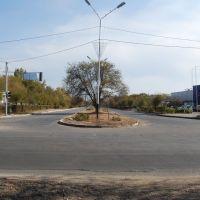 Пересечение с улицей, ведущей на площадь перед акиматом, Капчагай