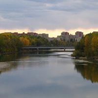 Темные небеса [мост через Ульбу, вид на пешеходный мост, Усть-Каменогорск], Усть-Каменогорск