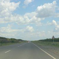примыкание второстепенной дороги справо, Луговое