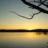 Вечер на озере в сопках, Жарык