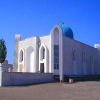 Женский вход в Центральной мечети города Шиели, Чиили