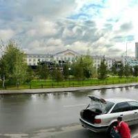 У вокзала Астаны, Бейнеу