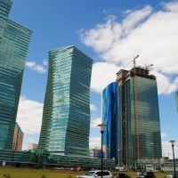 Танцюючих будинків в Астані за рік побільшало!_Dancing buildings in Astana for the year was over!, Астана