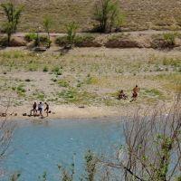 Побережье Кенгирского водохранилища у Вечного огня, Жезказган