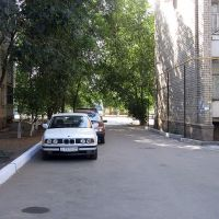 Курмангазы 112, двор, Уральск