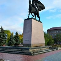 Памятник Чапаеву, Уральск