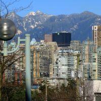 Lampost on Laurel Street, Ванкувер