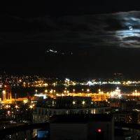 Witches Moon over Burrard Inlet, Ванкувер