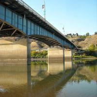 Overlanders Bridge During Low Water, Камлупс