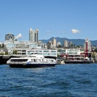 Lonsdale Quay and Seabus, Норт-Ванкувер