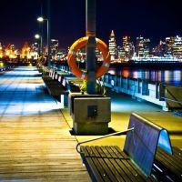 lonsdale quay pier, north vancouver, Норт-Ванкувер