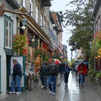 Rainy day in Quebec City...   Petit  Champlain., Левис