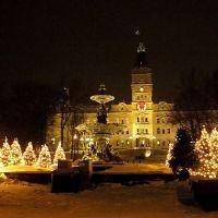 Fontaine de Tourny devant le Parlement, en hiver, Чикоутими