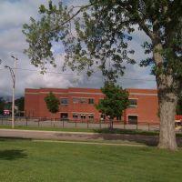 Victoria Park & Edith Cavel School, Moncton, NB, Canada, Монктон
