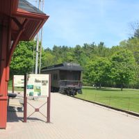 Dundas Valley Conservatio Area - Sulpher Springs Train Station, Анкастер