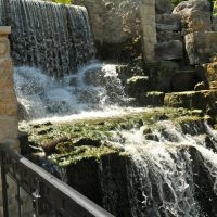 Ancaster, Ontario: Ancaster Old Mill waterfall, Анкастер