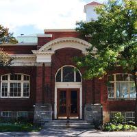 BRAMPTON - former Carnegie Library (built 1907), Брамптон