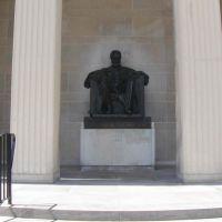 Alexander Graham Bell Statue, GLCT, Брантфорд