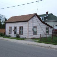 4 Spring Street, Brantford, Ontario, May 24 2006, Брантфорд