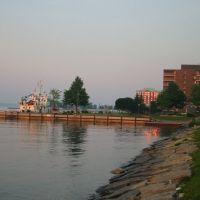 Early Morning Waterfront Scene, Броквилл