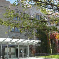 Douglas Library, Queens University, Kingston, Ontario, Canada, Кингстон