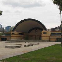 Kiwanis Memorial Bandshell, GLCT, Лондон
