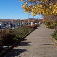 NORTH BAY - boardwalk in the fall, Норт-Бэй