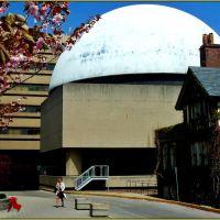 McLaughlin Planetarium, 1968-1995 ; another Toronto victim of budget cut., Торонто