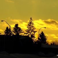 Sunset over Waterloo Street Traffic Light, Тундер Бэй