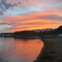 Озеро Иссык-Куль на закате, Бостери
