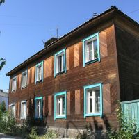 Wooden house on Kochetova street, Кызыл Туу