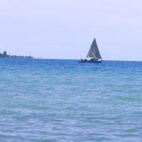Лодка на Иссык-Куле, Чолпон-Ата