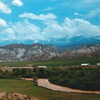 долина Джумгола, Базар-Курган