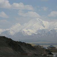 Sary-Tash village, Zarya Vostoka peak.JPG, Сары-Таш