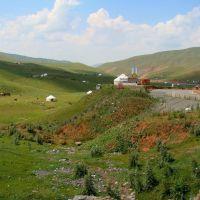 Between Taldyk pass and Sary-Tash, Kyrgyzstan, Сары-Таш
