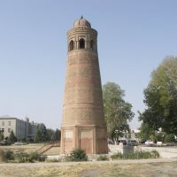 Uzgen, 10th century Minar, Узген