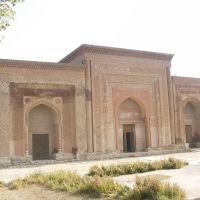 Uzgen, 11th cen Karakhanide Mausoleum, Узген