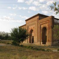 Uzgen, mausoleum (Qarakhanid dynasty, XII c.), Узген