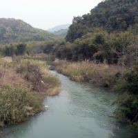 省道S251跨过的小河, Аксу