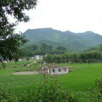 綠野包围的山村-岭南浪人, Аксу