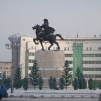 民族英雄趙尚志雕像 Statue of National Hero, Zhao Shangzhi, Аншань